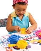 picture of 3 year old playing